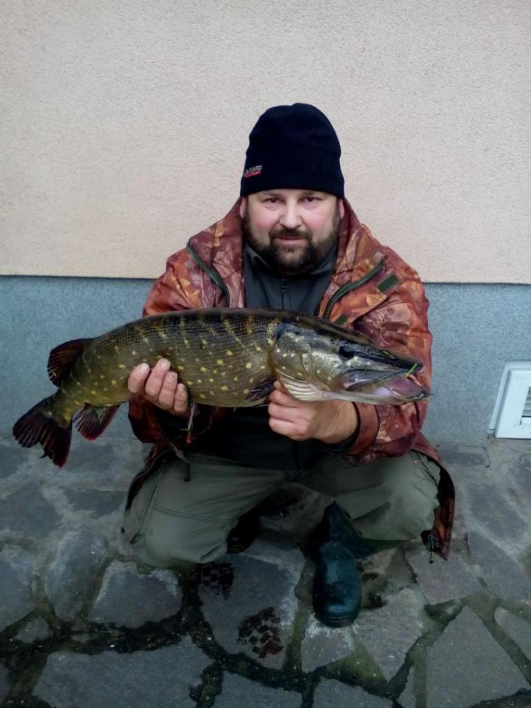 pavel-kratochvil-stika-74cm-5kg-stare-labe-22.12.2017.jpg