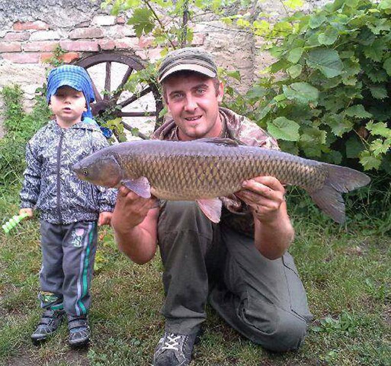petr-prajzner-amur-75cm-6kg-jezero.jpg
